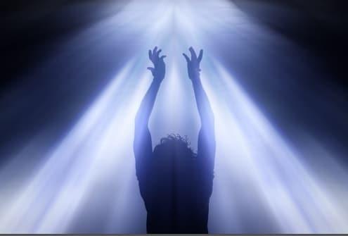 Transmutation..... à la recherche de la paix intérieure ..... ( 4 ) - Page 4 Femme-lumiere-divine